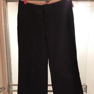 🛑 bogo size 10 regular Black flare GAP pants.